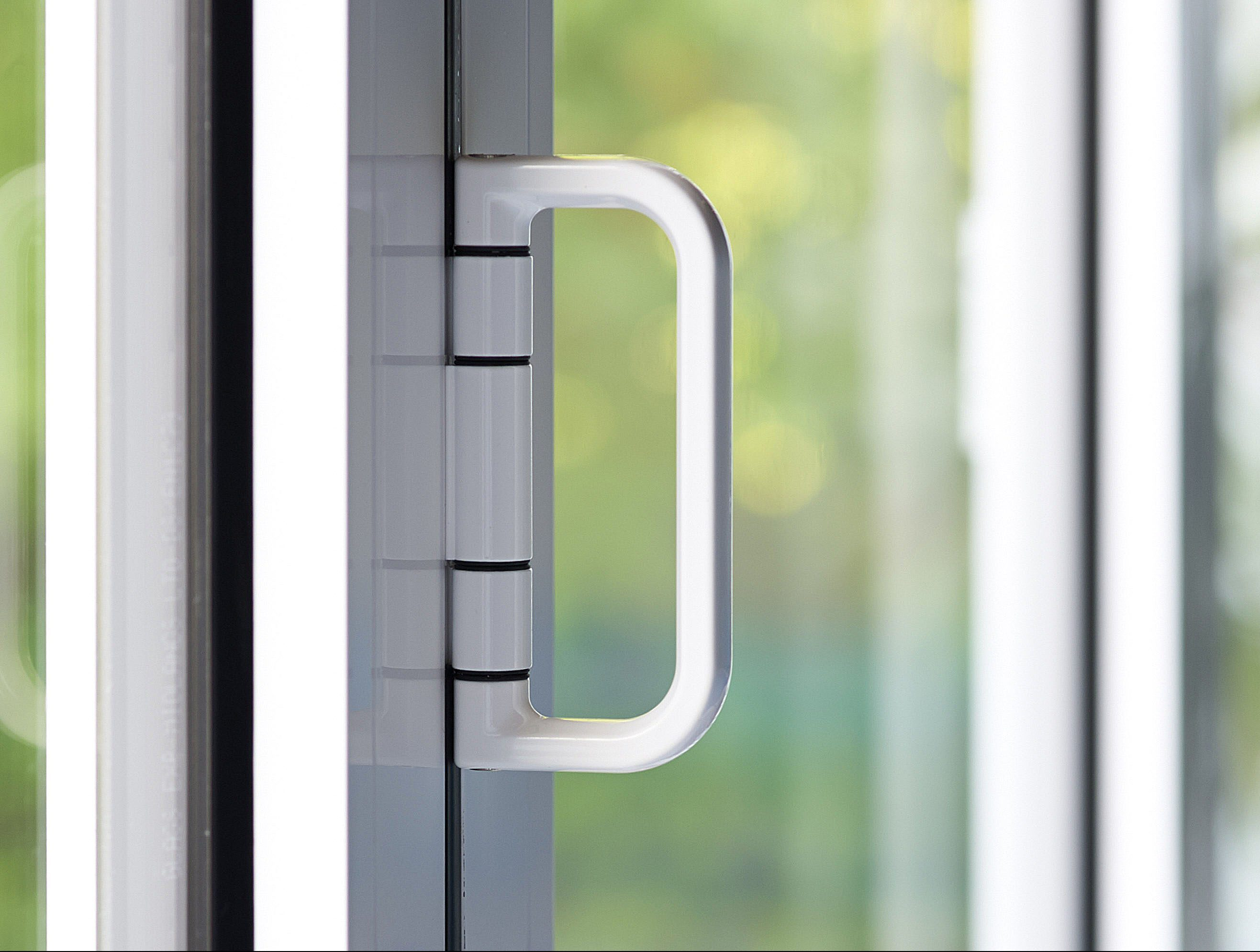 Example of the wide choice of hardware for your new bifold door installation