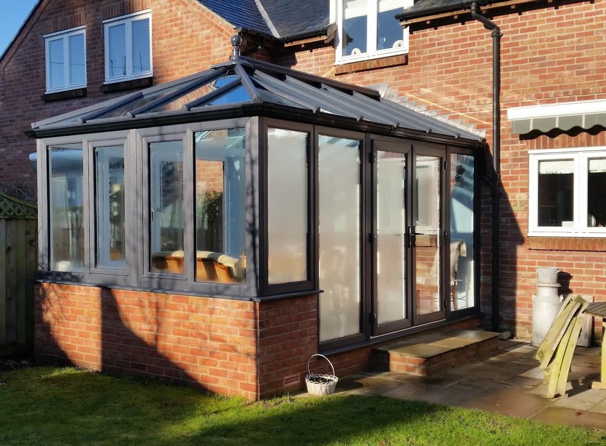 Luminous new conservatory.