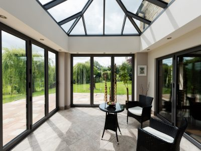 Bright and spacious Livin room conservatory design.