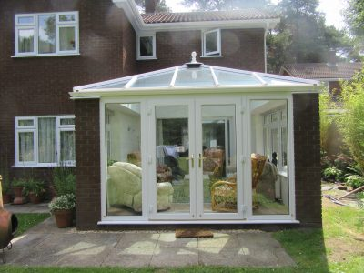 Comfortable and warm Livin room conservatory design.