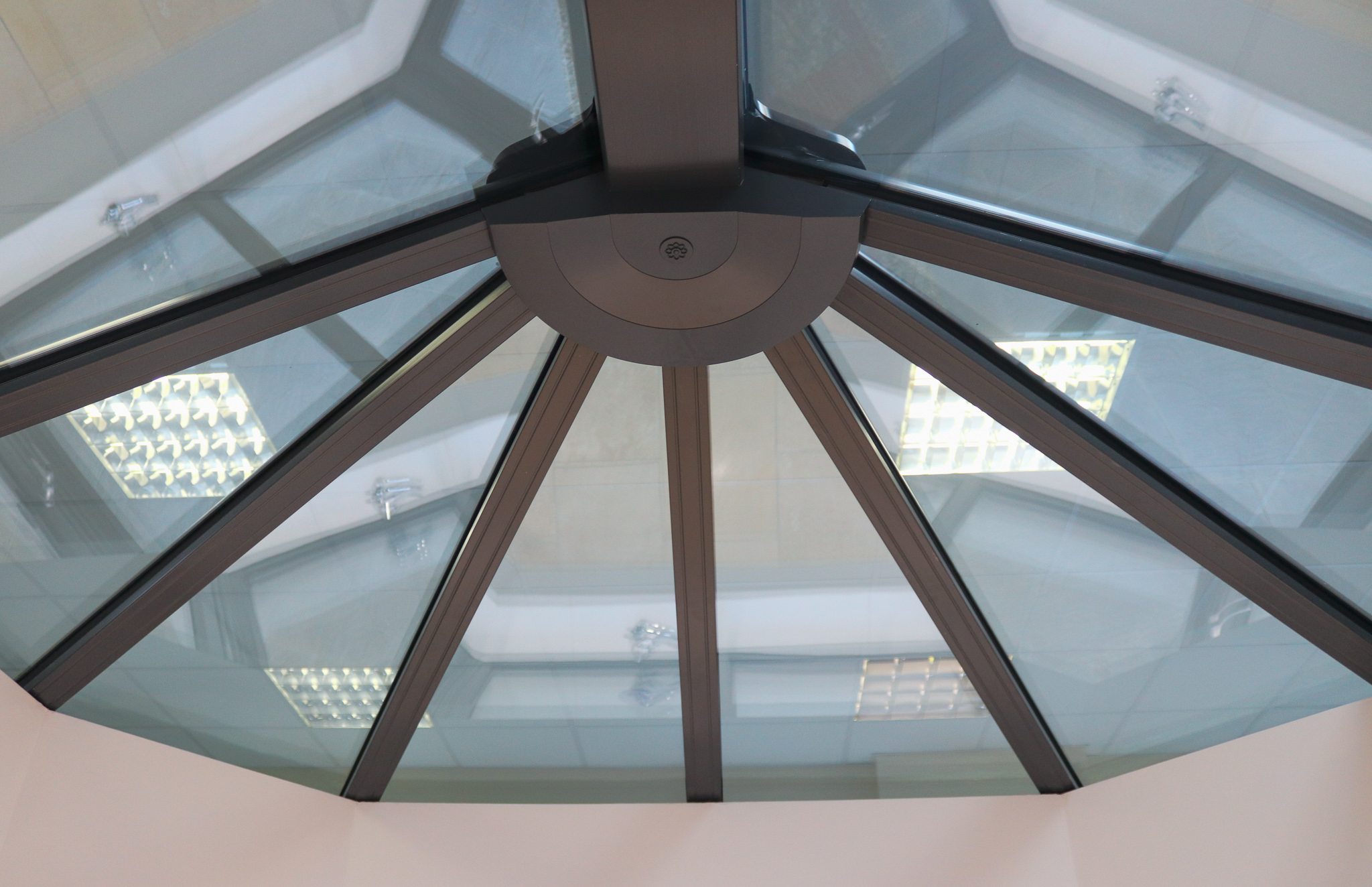 Image of see through ceiling.